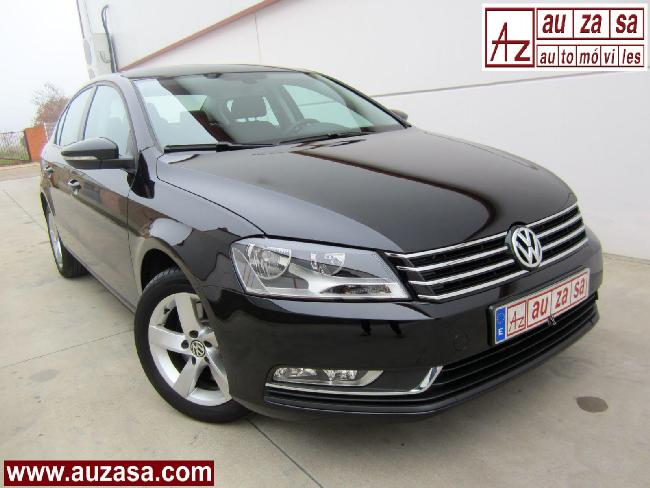 Volkswagen PASSAT 2.0TDI 140 BlueMOTION Tech - RE-ESTRENO '11