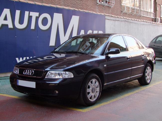 Audi A4 2.4 Tiptronic 165CV '99