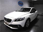 Volvo V40 D3 Cross Country Momentum Aut. 150
