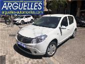 Dacia Sandero Laureate 1.2 75cv Nuevo 2000kms