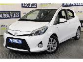 Toyota Yaris Hybrid Active Como Nuevo