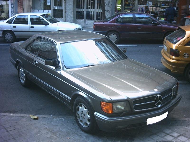 Mercedes_560_1_g.jpg