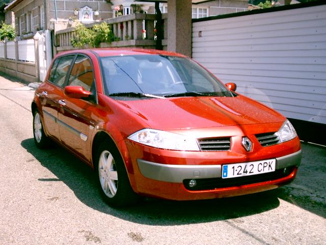 http://www.e-renova.net/coches-usados/coches/Renault/Renault_Megane_15_g.jpg